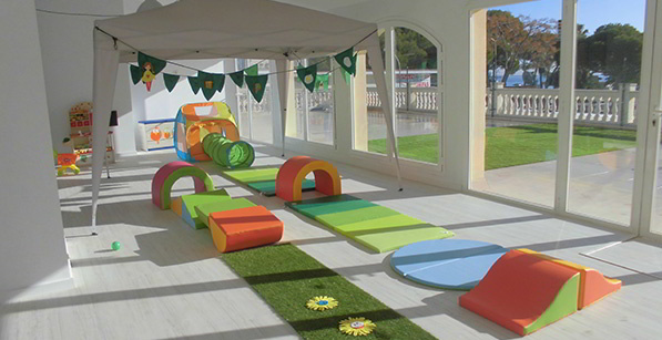 Escoleta en inglés Natural Kids Space