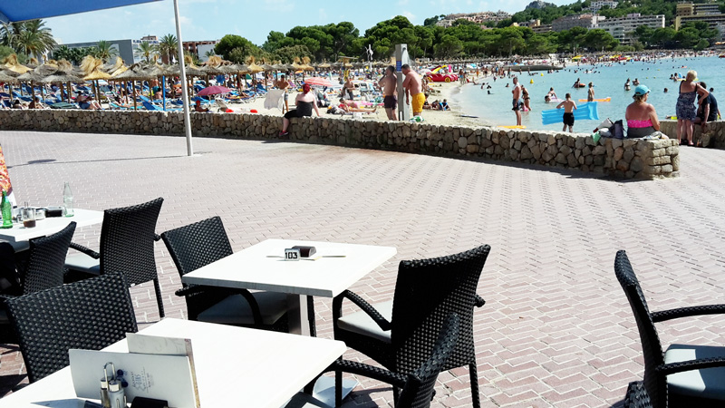 empatheia beach bar santa ponsa